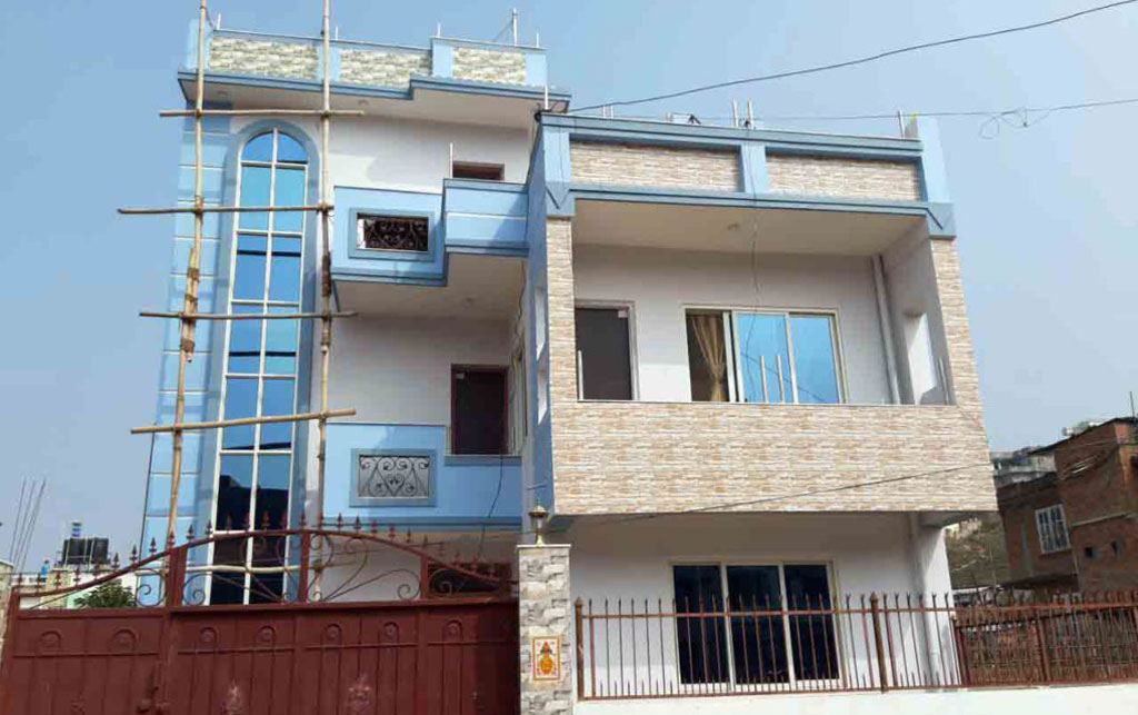 House on sale in Hattiban