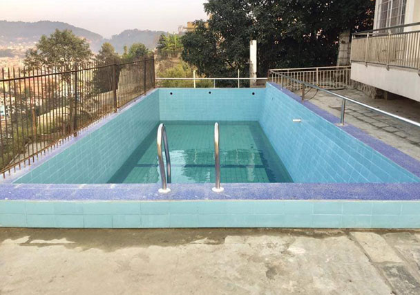 Swimming Pool - Bungalow House On Sale in Golfutar Height